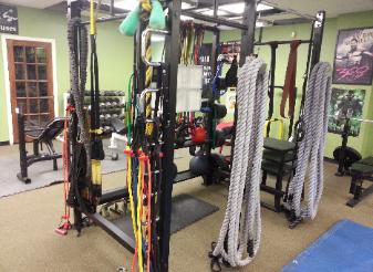 Training studio Nanuet NY, equipment battle ropes, kettlebells, medicine balls, pull up bars, trx