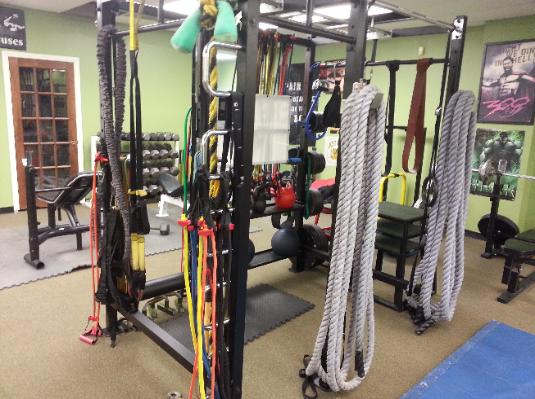 Workout equipment in one on one personal training studio in Nanuet- Rockland county.  Battle ropes, pull up bars, kettlebells, medicine balls.