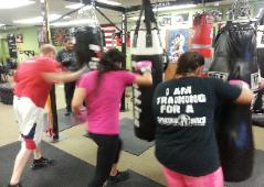 Boxing / Kickboxing heavy bag punch and kick combination drills, nanuet, ny